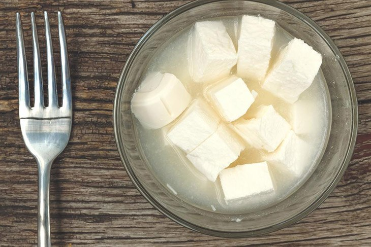 How Long Does Feta Cheese Last? The Best Way To Store It 4