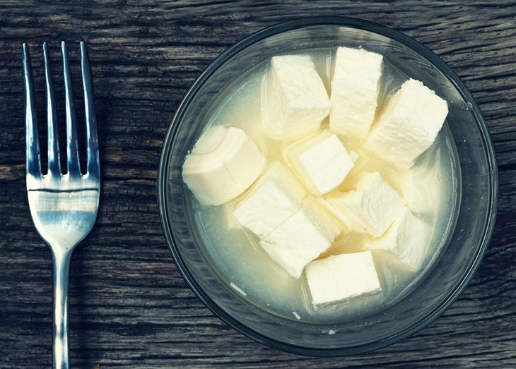 How Long Does Feta Cheese Last? The Best Way To Store It 8