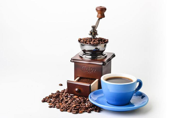 How To Choose The Best Manual Coffee Grinder On The Market 2019 1