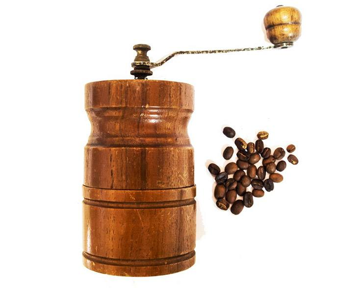 How To Choose The Best Manual Coffee Grinder On The Market 2019 10