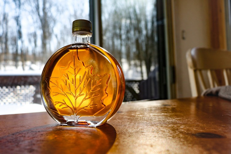 maple syrup can substitute for golden syrup