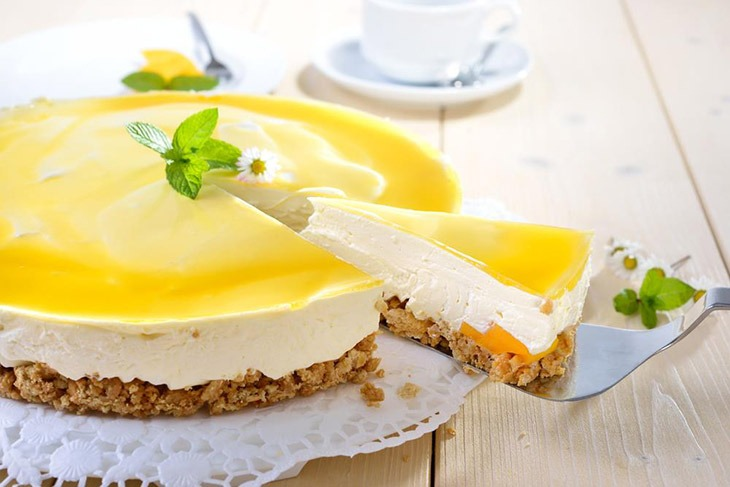 How Long Can Cheesecake Sit Out? Some Clues Will Tell You That 5