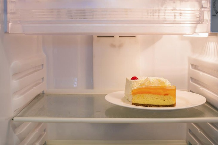 How Long Can Cheesecake Sit Out? Some Clues Will Tell You That 7