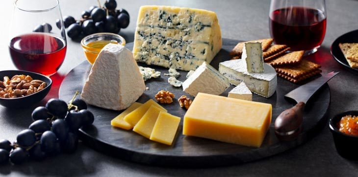 How To Choose A White Cheddar Substitute