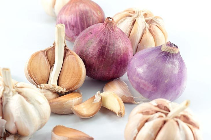 what can a clove of garlic be like