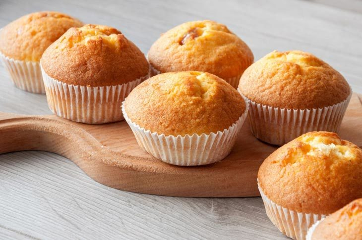 why do cupcakes sink in the middle