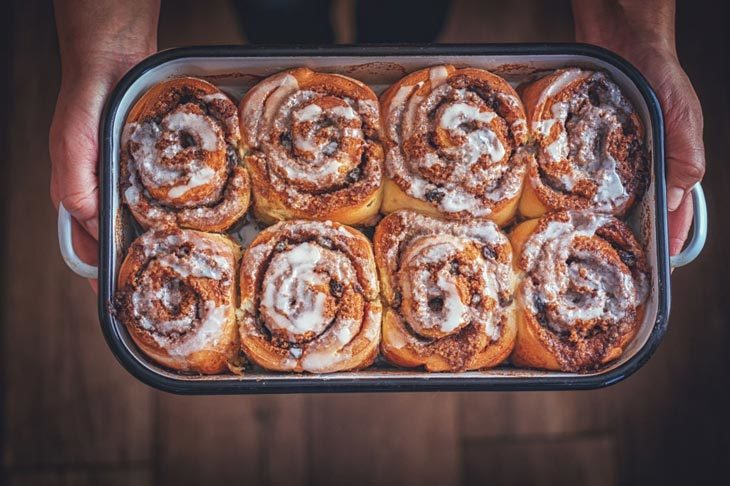 what is the reasons why my cinnamon rolls hard